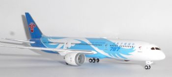 Boeing 787-9 China Southern Airways JC Wings Diecast Collectors Model Scale 1:400 XX4679 e